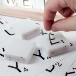 Scrabble_Tile_Light_12